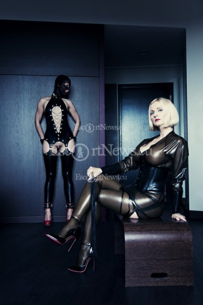 Mistress Anda - top escort in Berlin