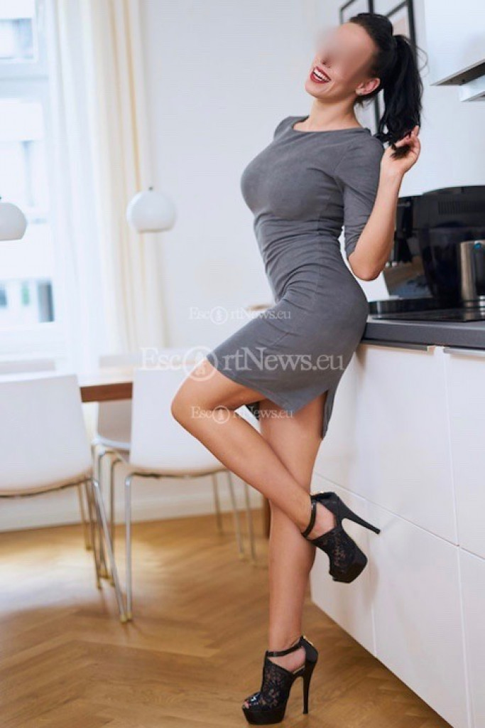 Diana - top escort in Berlin
